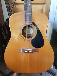 Yamaha FG300A Acoustic Guitar Dodges Ferry Sorell Area Preview