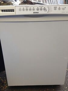 White Kenmore Dishwasher in great shape 75.00 289-400-9024