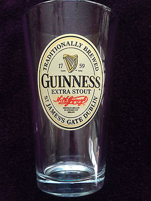 RARE GUINNESS BEER COLLECTIBLE PINT GLASS ST JAMES'S GATE DUBLIN BREWED MINT