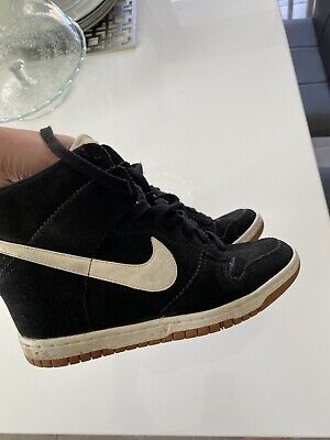 Nike Black And White Wedged Trainers  Size 6.5 Good Cond