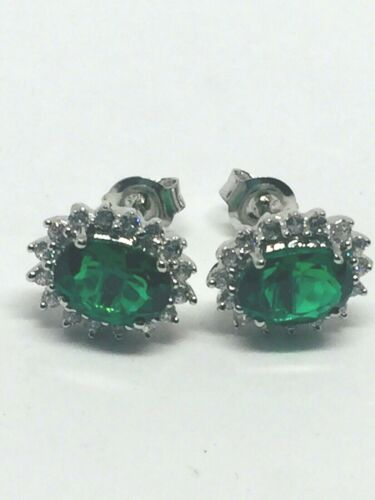 lovely sterling silver 925 earrings sparkling CZ emerald colour