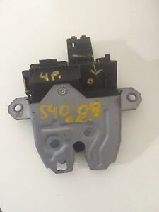 Volvo s40 boot latch Red Hill South Canberra Preview
