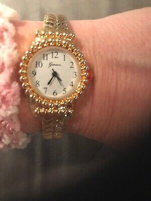 Geneva Cuff Bracelet Fashion Watch Gold Tone Vintage Looking NEW! Look Fashion Cuff Watch