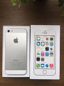 iPhone 5s 32gb silver as new with box and accessories!!! Kuraby Brisbane South West Preview