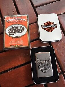 Harley Davidson Iron Eagle Street Chrome Zippo & Playing Cards