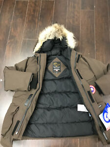 Canada goose Kids Youth Expedition Parka size S - 7-8 years old