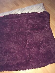 Red wine rug for sale