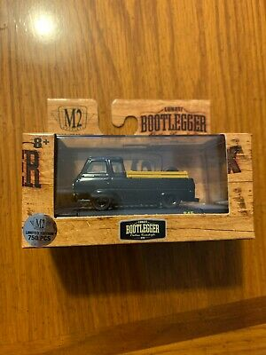 CHASE M2 MACHINES 1964 FORD ECONOLINE TRUCK BOOTLEGGER OUTLAW 1/750