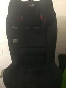 Britax Maxi Lite Convertible car-booster seat up to 8 years