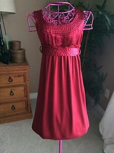 Gap Girl's Dress Size 6/7 - Perfect Holiday Dress!