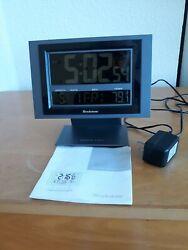 Atomic Desk Alarm Clock w Snooze Alarm
