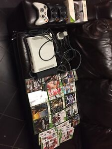 XBOX 360 With Many Games & Accessories