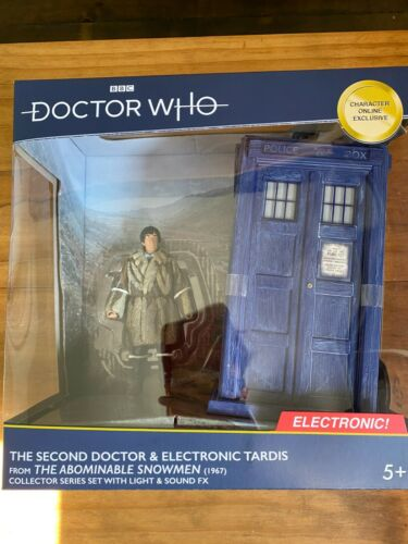 Doctor Who 2nd Dr and TARDIS from The Abominable Snowmen Character Options