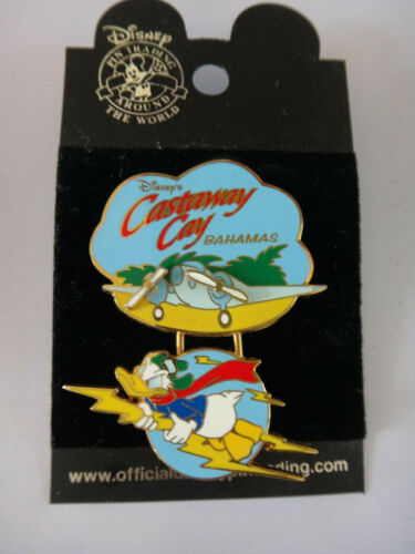 Disney Cruise Line DCL Pin: Castaway Cay Bahamas Airplane Donald Flying 2002 NEW