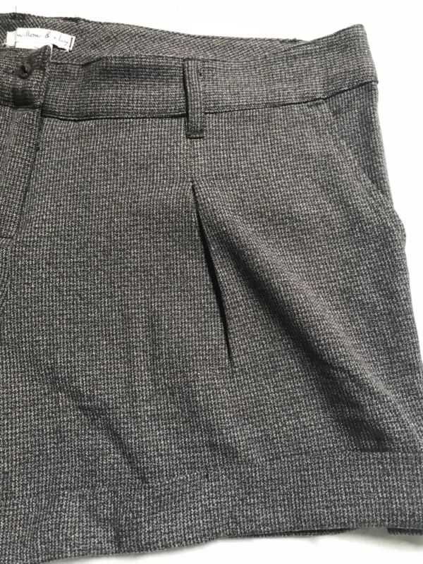 Willow & Clay Brown Dressy Shorts Size 6 Nwot