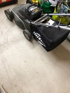 Yard works Electric Lawnmower