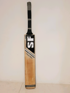 SF POWERBOW CRICKET BAT