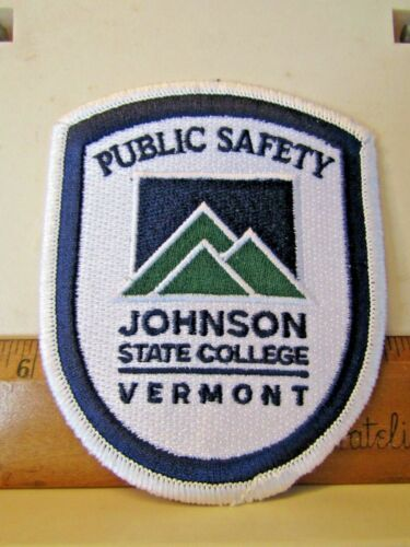 JOHNSON STATE COLLEGE VERMONT VT PUBLIC SAFETY POLICE PATCH NOS unused