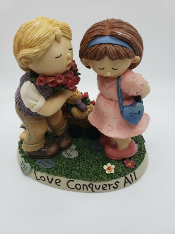 """Love Conquers All Figurine By Zingle - Berry 4"""" preowned"""