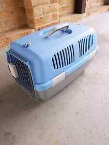 Animal carrier Bensville Gosford Area Preview