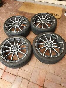 Alloy mag wheels and 17 inch tyres
