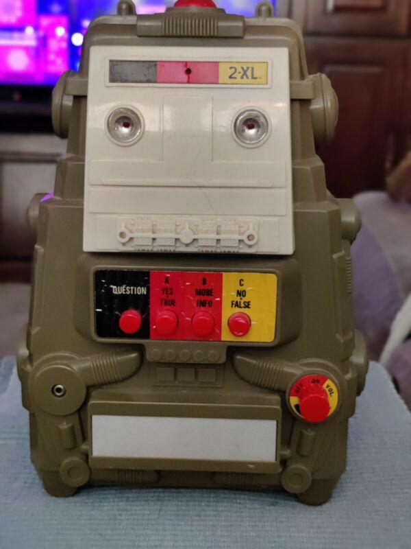 Vintage 1978 Mego 2-XL Talking Robot & 5 Game Tapes Tested & Works(see Desc)