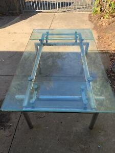 New Glass dinning table