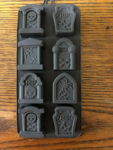 Halloween R.I.P. Tombstone Silicone Mold 8 Cavities