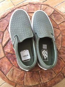 Vans men's size 7 - great for back to school!