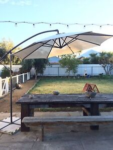 Canter lever umbrella out door sun shade Mile End West Torrens Area Preview