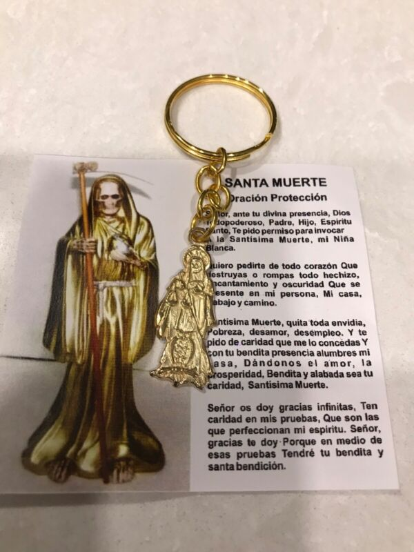 Santa Muerte llavero - Holy Death Keychain gold color with protection prayer
