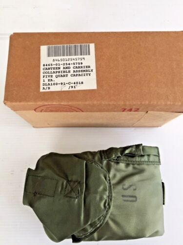 UNISSUED USGI 5 QUART MILITARY COLLAPSIBLE CANTEEN AND CARRIER