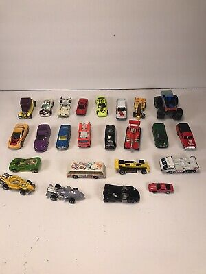 24 Hot wheels and other brands Lot