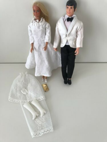 Mattel Spiel mit Barbie Vintage Retro Set Hochzeit + Modepuppe Mann+ Kleidung