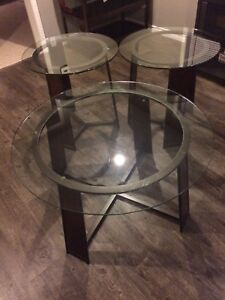 1 coffee table and 2 end tables!