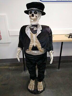Gemmy Animated Singing & Dancing Skeleton Halloween Prop Life-Size 5 ft Complete