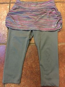 Legging with skirt (size 8)