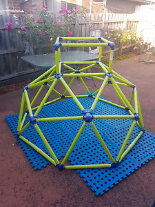 Geodesic Climbing Dome Frame Dandenong North Greater Dandenong Preview