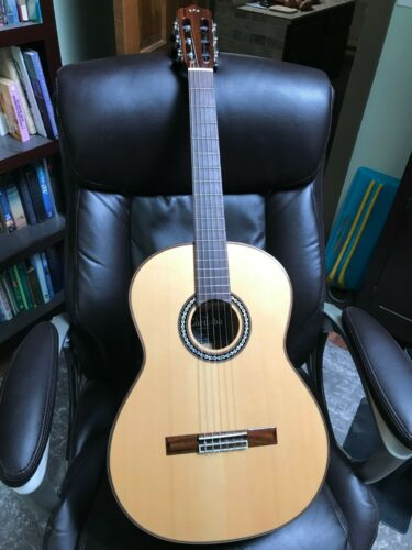 Cordoba C9 Luthier Series Crossover / Classical Guitar