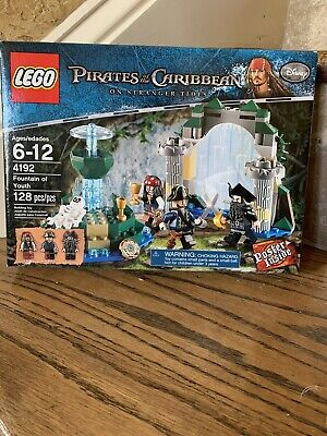 Lego Disney Pirates of the Caribbean Fountain of Youth (4192) New In Box