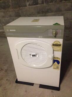 Hoover Apollo 411 Clothes Dryer