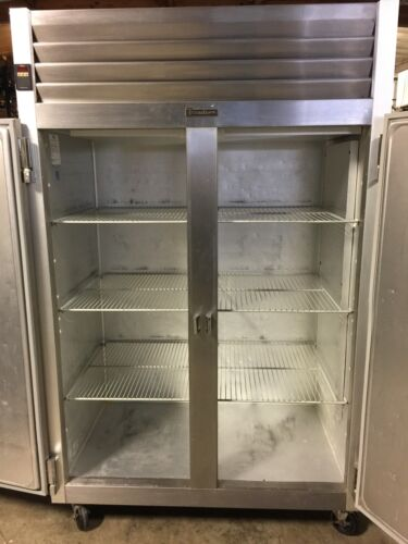 TRAULSEN G20010 TWO SECTION REACH IN REFRIGERATOR COMMERCIAL GRADE CAFETERIA