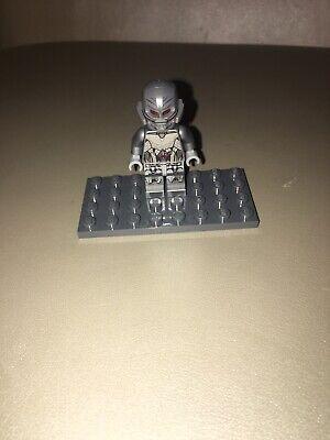 Authentic Lego Ultimate Ultron Avengers Marvel Super Heroes Minifigure 76032