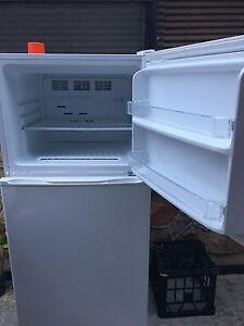 Striling fridge Auburn Auburn Area Preview