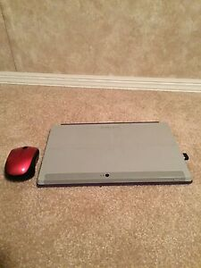 Microsoft Surface RT 32GB in Great Condition