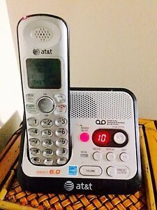 Cordless home phone with answering machine