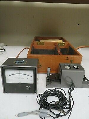 Brunson Instrument Company - Model 449 63206 Level W Analog Read-out - Np7