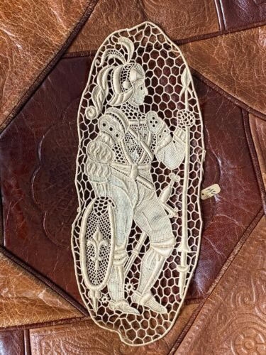 Antique Large French Lace Figural Fleur De Lis Knight Medallion Old!