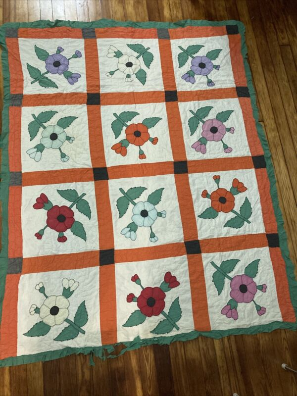 Pretty Vintage Applique Quilt. Poppy Flower Antique Hand Appliqued, Hand Quilted
