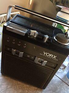 Yorx AM•FM 8 track Player